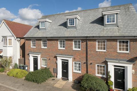 3 bedroom terraced house to rent - Hazen Road, Kings Hill, ME19 4JU