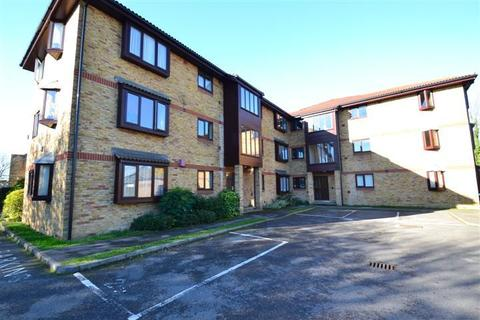 1 bedroom flat to rent - St Georges Close, Horley