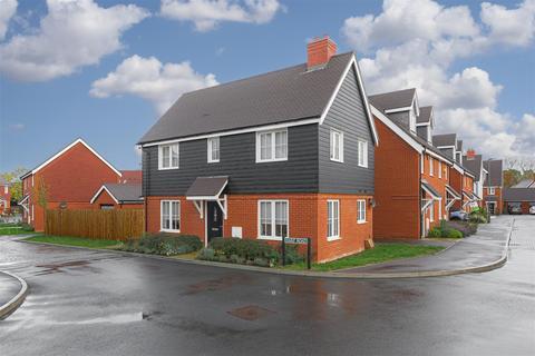 3 bedroom house for sale - Harp Road, Horley