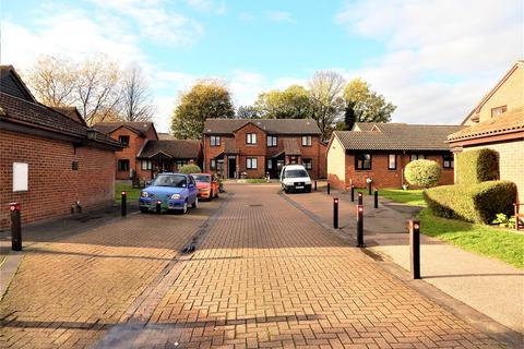 1 bedroom apartment for sale - Warblers Close, Rochester