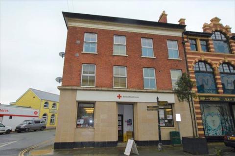 2 bedroom flat for sale - High Street, Tywyn, Gwynedd, LL36