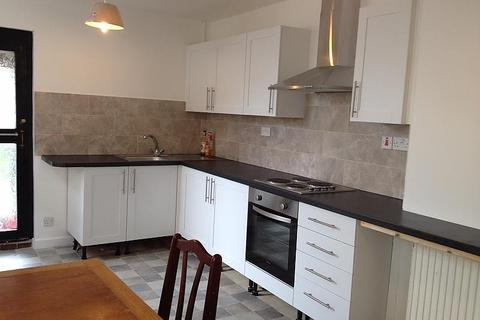 5 bedroom house - Pains Road, Southsea, PO5
