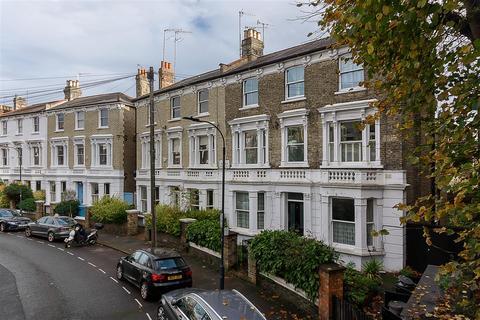 1 bedroom flat - Dorville Crescent, W6