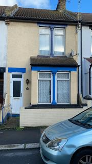 3 bedroom terraced house for sale - Priestfield Road, Gillingham, Kent ME7