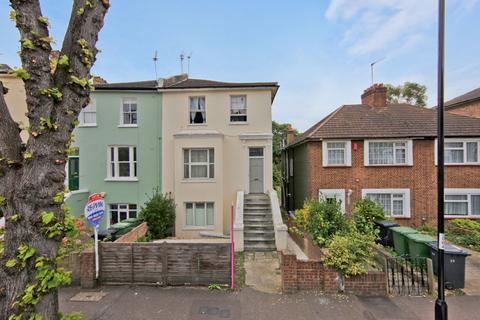 2 bedroom flat to rent - Eastdown Park, London, SE13
