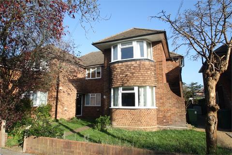 2 bedroom maisonette for sale - Avondale Avenue, Staines-upon-Thames, Surrey