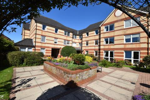 2 bedroom apartment to rent - Holmecolne House, Louden Road