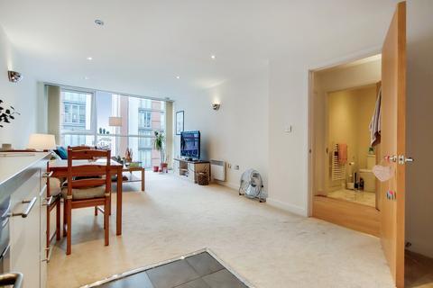 1 bedroom apartment for sale - Baltic Apartments, Royal Victoria Dock, E16