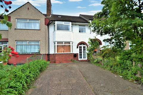 4 bedroom terraced house for sale - Crest Road, London