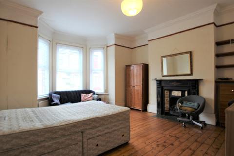 8 bedroom house to rent - Manor House Road, Jesmond, Newcastle Upon Tyne