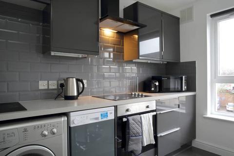 2 bedroom flat to rent - Duff Street, Edinburgh