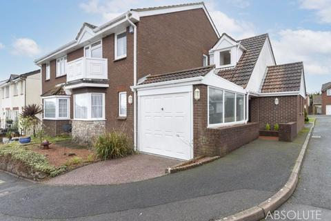 4 bedroom semi-detached house for sale - Treesdale Close, Paignton