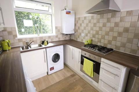 6 bedroom semi-detached house to rent - Middleton Boulevard, Wollaton, Nottingham