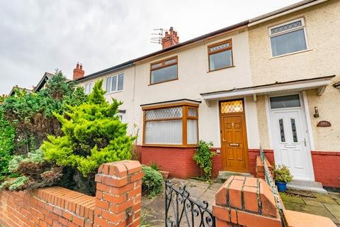 3 bedroom terraced house to rent - St Davids Road North, Lytham St Annes, FY8