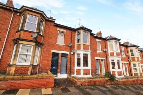 3 bedroom flat - Audley Road, Newcastle Upon Tyne