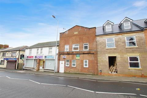 3 bedroom apartment - Victoria Road, Old Town, Swindon