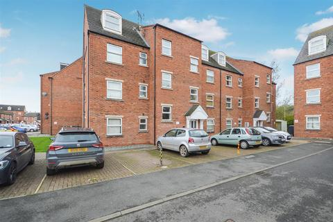 2 bedroom flat - Willow Tree Close, Lincoln
