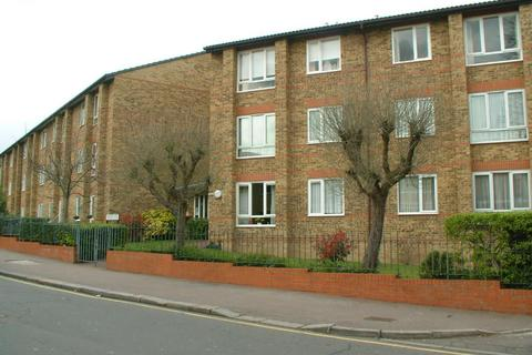 1 bedroom flat for sale - Glebelands Avenue, South Woodford
