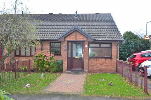 2 bedroom semi-detached bungalow - Clos Pengelli, Grovesend, Swansea, City And County of Swansea. SA4 4JW
