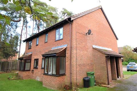 1 bedroom end of terrace house to rent - Maguire Drive, Frimley, Camberley, Surrey, GU16