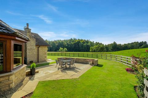 5 bedroom property with land for sale - Birchfield Scorriehill, Almondbank, Perth PH1