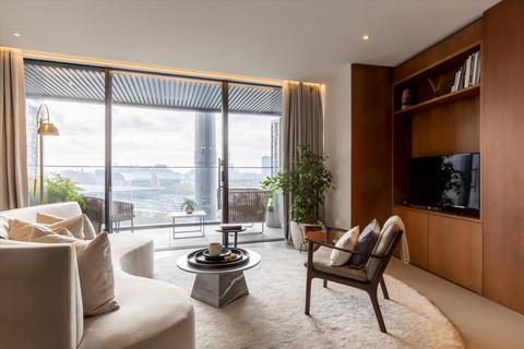 3 bedroom flat for sale - Gashodlers, 1 Lewis Cubitt Square, King's Cross, London, N1C