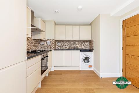 1 bedroom flat to rent - Cameron Road, Seven Kings, IG3 8FA