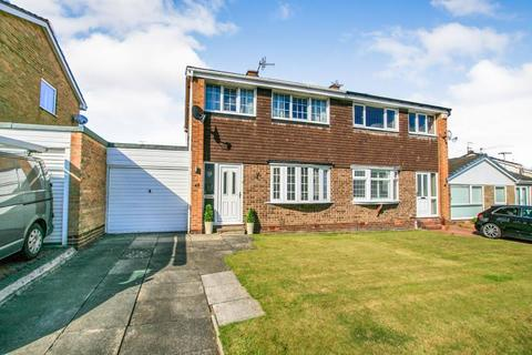 3 bedroom semi-detached house to rent - Balmoral Crescent, Dronfield Woodhouse, S18 8ZY