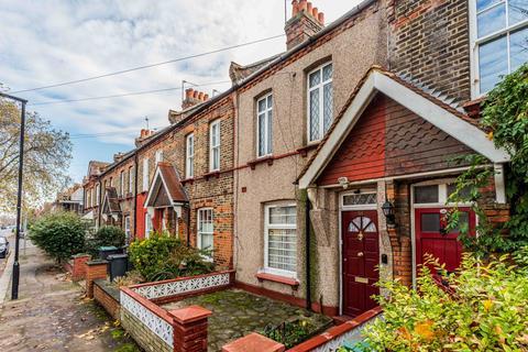 2 bedroom terraced house for sale - Morley Avenue, Wood Green, London, N22