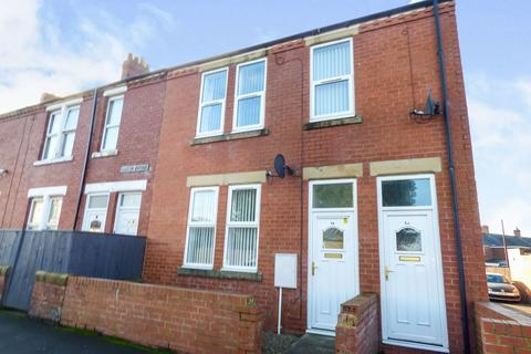 2 bedroom ground floor flat to rent - Seaton Avenue, Bedlington, Northumberland, NE22 5AY
