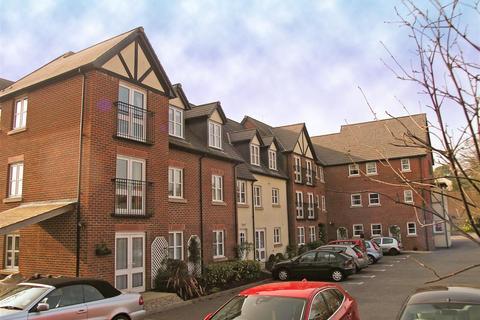 1 bedroom apartment - Pritchard Court, Llandaff