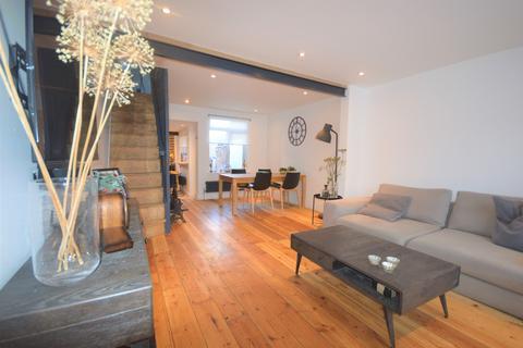 2 bedroom terraced house for sale - Ardenham Street, Aylesbury