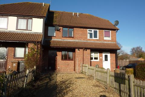 2 bedroom terraced house - Swallowfields, Andover