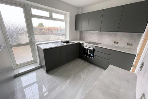 2 bedroom maisonette for sale - Randlesdown Road, Catford, London,