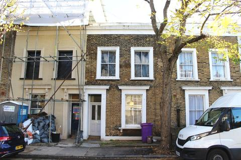 3 bedroom terraced house for sale - Zealand Road, Bow, E3