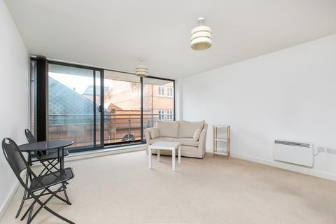 1 bedroom apartment to rent - Staple Gardens, Winchester
