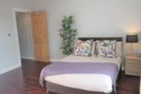 1 bedroom in a flat share to rent - Castle Street, Edgeley