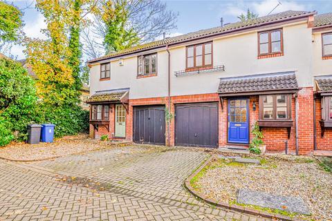 3 bedroom semi-detached house to rent - Boyndon Road, Maidenhead, SL6