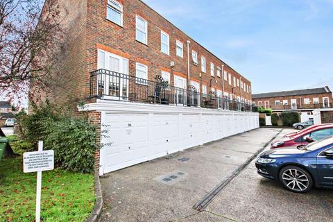 1 bedroom apartment - Regency Way, Bexleyheath