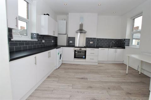 4 bedroom maisonette to rent - Meldon Terrace, Newcastle Upon Tyne
