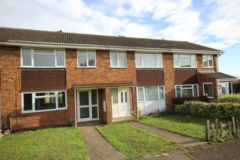 3 bedroom terraced house to rent - Campion Way, Flitwick, MK45