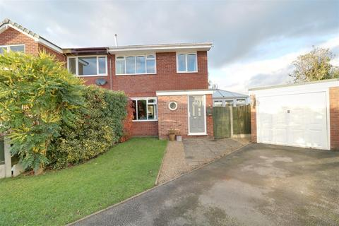 3 bedroom house for sale - Brindley Way, Bignall End