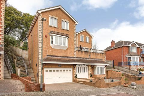 6 bedroom detached house - Stoneleigh Drive, Torquay