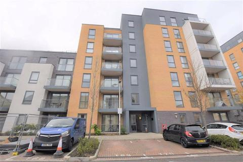 2 bedroom flat to rent - Cygnet House, Drake Way, Reading