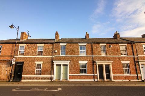 2 bedroom terraced house - Upper Norfolk Street, North Shields