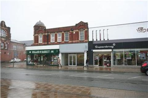 Shop to rent - 51 Shirley High Street, Shirley, Southampton, Hampshire, SO15