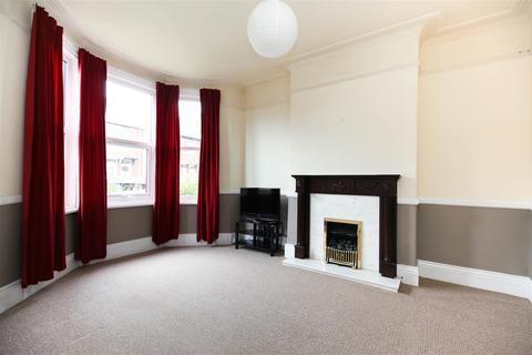 4 bedroom terraced house to rent - Simonside Terrace, Heaton, NE6