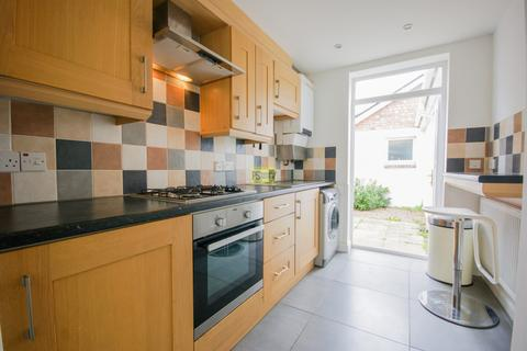 2 bedroom terraced house to rent - St. Stephens Road, Selly Oak