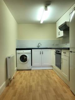2 bedroom flat to rent - Main Street, Bridgend, Perth, PH2