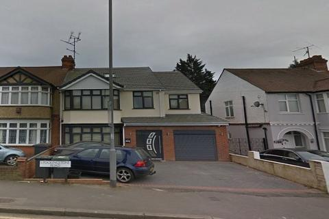 5 bedroom house share to rent - Stockingstone Road, Luton LU2